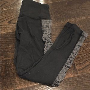 Black with gray detail lululemon capri leggings